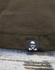 camiseta_hombre_caqui-oscuro_etiqueta